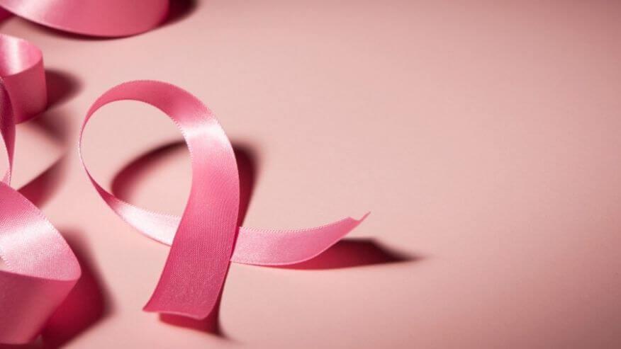 outubro-rosa-cirurgia-plastica-procedimentos-esteticos-giovana-romano-curitiba