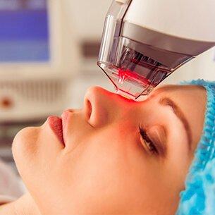 luz pulsada-cirurgia-plastica-procedimentos-esteticos-giovana-romano-curitiba